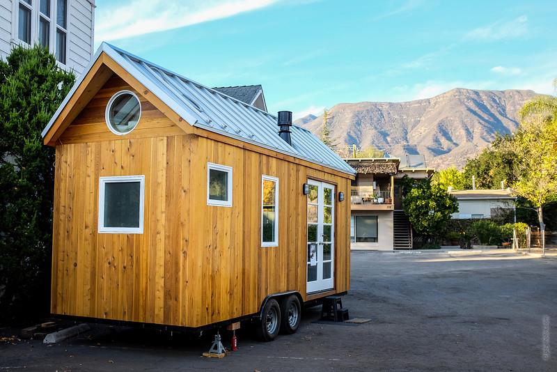 Vina's Tiny House 2 THF