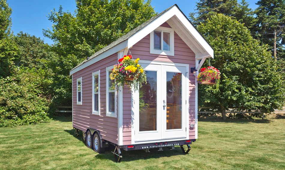 tiny pink house tiny house france. Black Bedroom Furniture Sets. Home Design Ideas