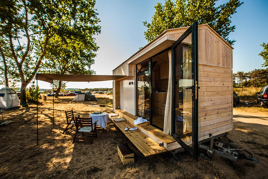 Koleliba tiny house france for Transportables haus holz