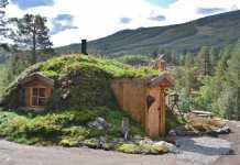 Tiny House Hobbit