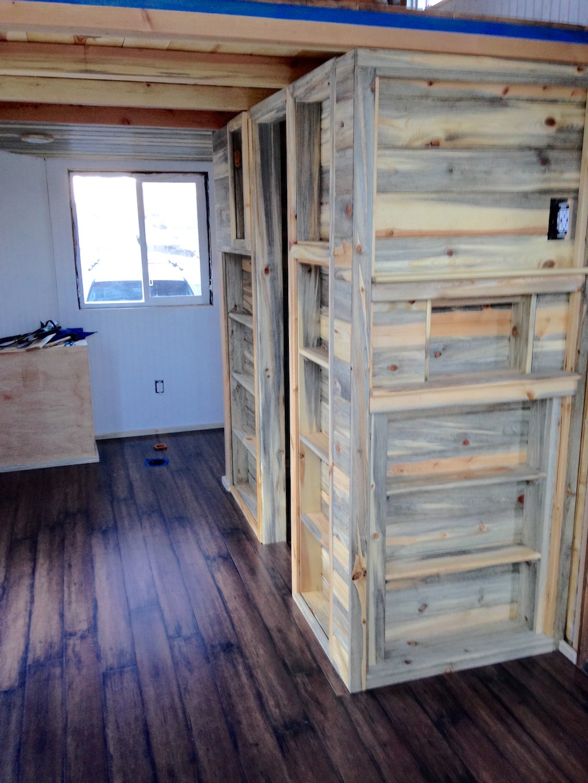 ridgway tiny house tiny house france. Black Bedroom Furniture Sets. Home Design Ideas