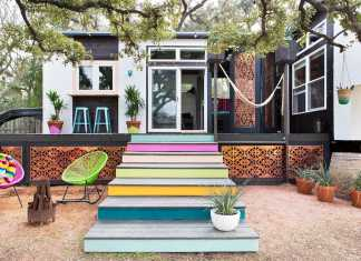 Kim Lewis tiny home