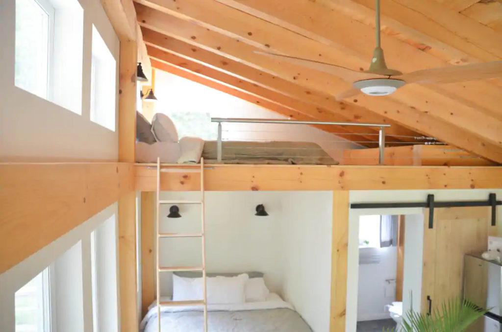Honeycrisp Cottage mezzanine chambre salle de bain