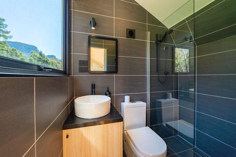 salle de bain mini maison