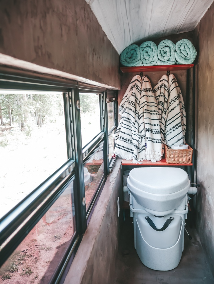 bus converted wc
