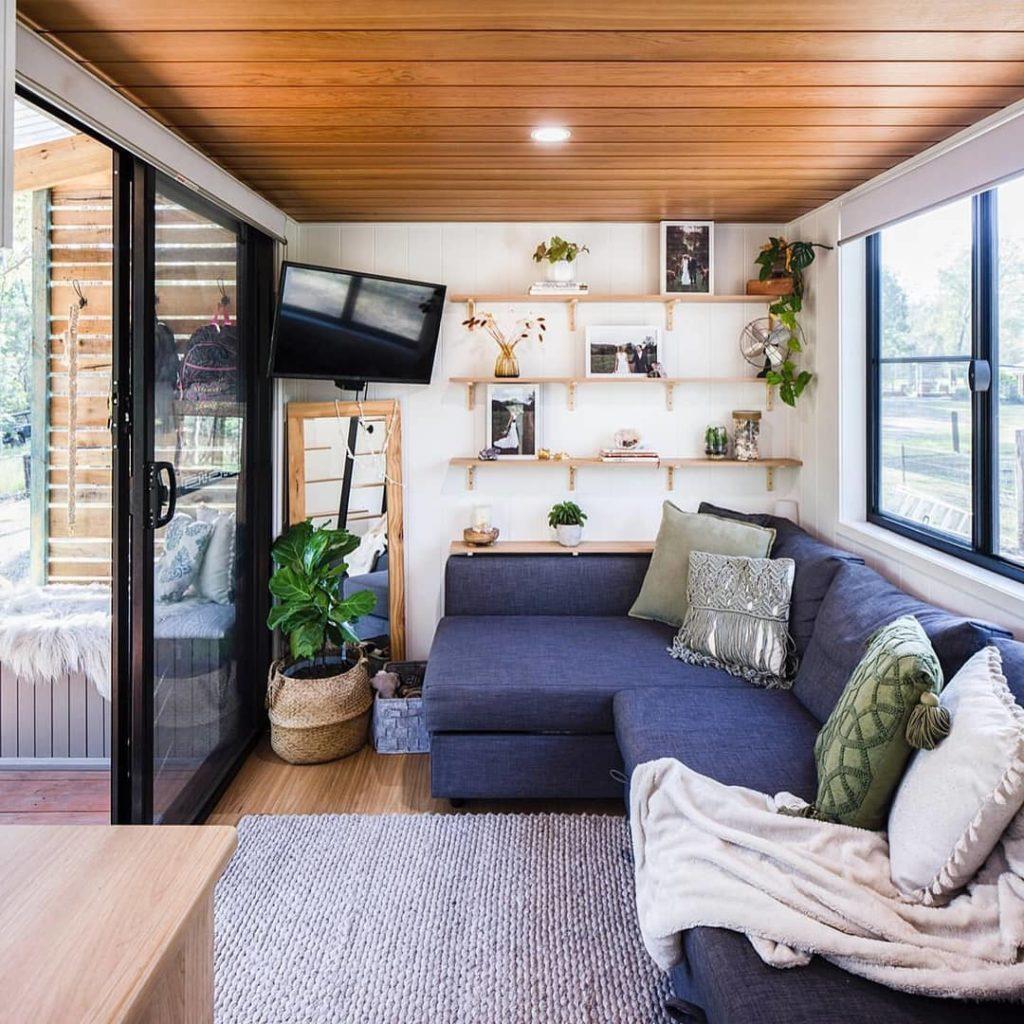 salon tiny house