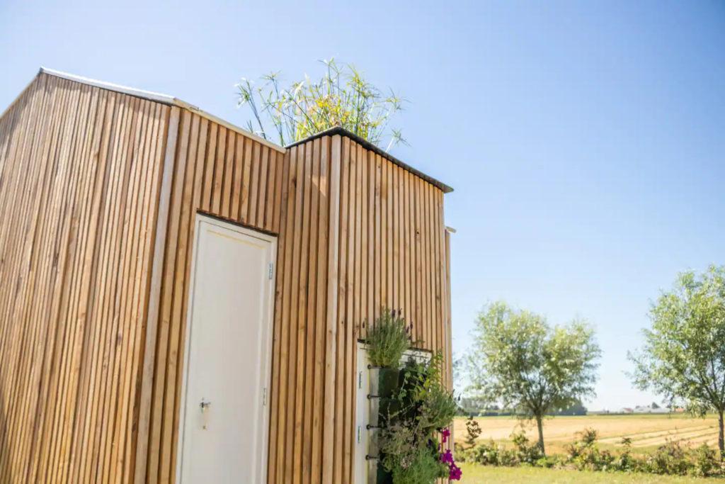 Détails bardage tiny house écologique et autonome