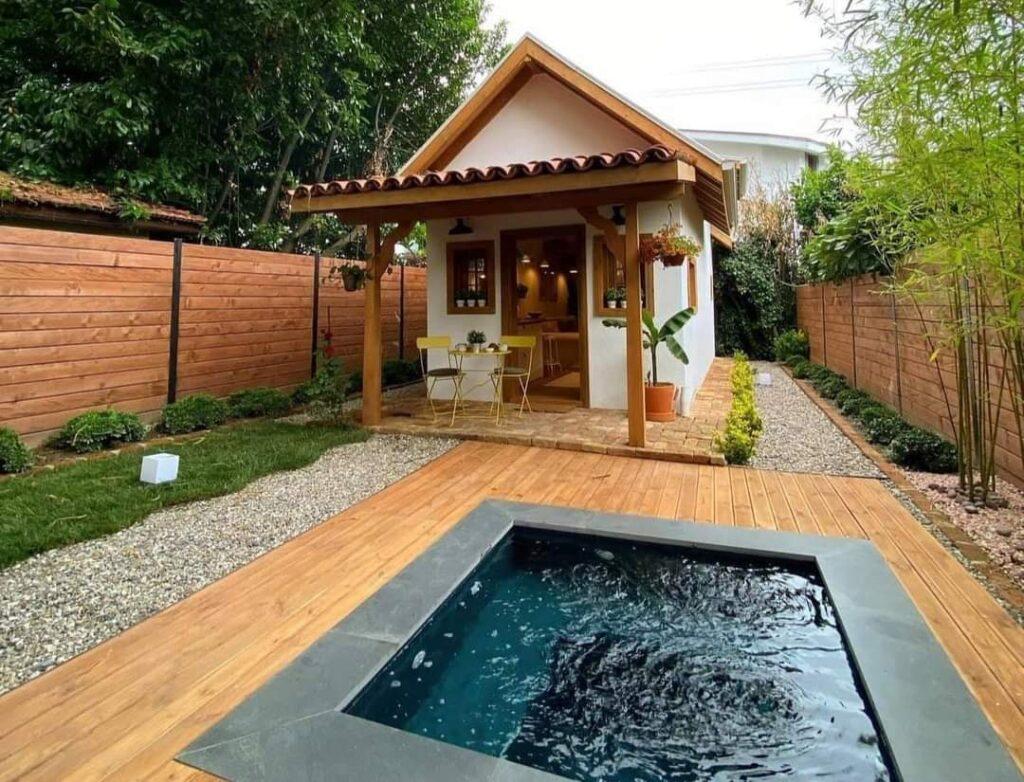 The box house avec piscine